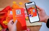 新加坡金融管理局鼓勵國人在來臨的農曆新年使用電子紅包,圖為星展銀行推出的QR碼禮物卡(QR Gift card)。(圖源:星展銀行)