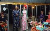 在香江的龍船上安裝攝像頭來監控順化歌表演活動。