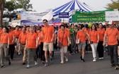 丁善理慈善徒步年度活動吸引眾多不同階層人士的參與。