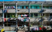 本市尚有若干舊公寓亟需重建。
