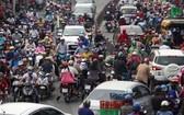 拓寬街道、發展公共交通系統等措施較多,但仍未解決交通堵塞問題。