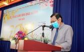 市新聞工作者副主席阮晉豐在2021辛丑年春刊封面獎頒發儀式上致詞。(圖源:武卓)