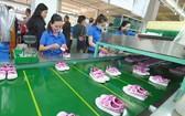 平仙公司生產鞋品供應國內外市場。