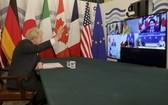 英國首相約翰遜主持七國集團領導人視頻會議。(圖源:新華社)