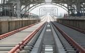地鐵1號線的高架路段。(圖源:德富)
