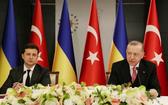 土耳其總統埃爾多安(右)與烏克蘭總統澤連斯基4月10日在土耳其伊斯坦布爾共同會見記者。 (圖源:路透社)