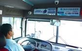 圖為一輛設有監控器的客車。(圖源:世宇)