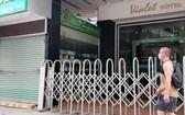 芽莊市中心的不少旅店因無房客而暫停營業。(圖源:凱安)