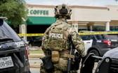 得州奧斯丁市武警封鎖槍擊現場。(圖源:Getty Images)