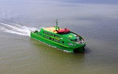 芹苴市-崑崙島高速艇復航。(圖源:俊光)