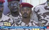 當地時間4月20日,乍得成立軍事過渡委員會,由剛去世的乍得總統代比的兒子領導,為期18個月。(圖源:視頻截圖)