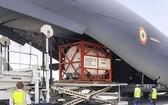 運輸氧氣存儲罐的印度運輸機。