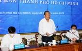 政府常務副總理張和平(中)在會議上發表指導意見。(圖源:VGP)