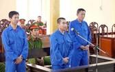 """安江省人民法院最近對涉及""""組織他人非法出境""""罪的3名被告審判。"""