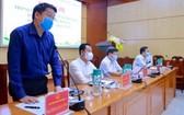 國會代表候選人鄭志強向選民介紹行動計劃。