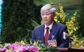 越南祖國陣線中央委員會主席杜文戰代表越南祖國陣線中央委員會向全國佛教信徒同胞致信祝賀。(圖源:越通社)