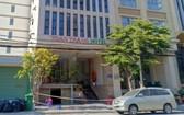 該旅遊團所入住的全勝酒店現已被封鎖。(圖源:Q. Luật)