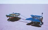 在北京航天飛行控制中心拍攝的祝融號火星車已安全駛離著陸平台模擬圖像。(圖源:新華社)