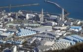 日本政府決定將福島核電廠廢水排入海中,引發國內漁業與環保團體憂慮與不滿。(圖源:互聯網)