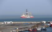 """土耳其""""法提赫""""號鑽探船。(圖源:IHA通訊社)"""