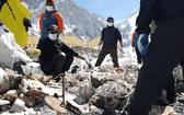 尼泊爾收集高山垃圾並帶回4具登山遇難者遺體