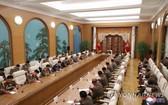 朝鮮國務委員會委員長金正恩11日主持召開勞動黨第八屆中央軍事委員會第二次擴大會議。(圖源:韓聯社/朝中社)