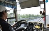 圖為設有監控視頻的客車。(圖源:秋莊)