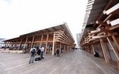 東京奧運村6月20日公開亮相。圖為「奧運村廣場」。(圖源:AFP)