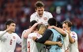 丹麥球隊慶祝進球。(圖源:互聯網)