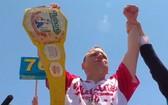 賈斯特納特刷新男子競食熱狗世界紀錄。(圖源:互聯網)
