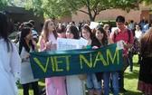 赴美留學的越南學生。(圖源:祖國報)