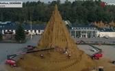 21 米高沙雕創城堡造新吉尼斯世界紀錄