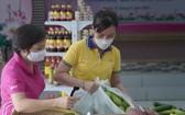 零元超市為貧困戶免費服務。