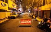 圖為 24日凌晨的河內市瑞奎街上。(圖源:吳絨)