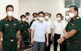武德膽副總理探訪175軍醫院。(圖源:越通社)