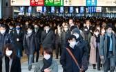 日本日增新冠確診病例首次過萬。(圖源:互聯網)