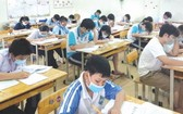 考生參加十年級招生考試。(圖源:互聯網)