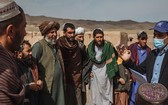 國際移民組織正在支援阿富汗的流離失所家庭,提供緊急住所和保護。(圖源:聯合國)