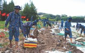 共青團員保護長沙群島生態