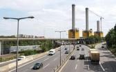 7月30日,車輛行駛在德國首都柏林的道路上。(圖源:新華社)