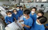 新冠患者重症監護中心增床位