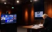 英首相鮑里斯‧約翰遜在倫敦出席七國集團領導人視頻峰會。(圖源: 新華社)