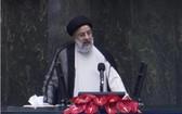 8月5日,易卜拉欣·萊希在伊朗首都德黑蘭議會宣誓就職。(圖源:新華社)
