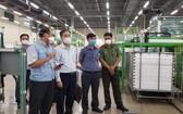 衛生部代表團前至市高科技園區三星公司(SEHC)視察疫情防控工作。