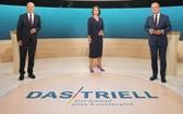 當地時間9月12日,德國大選第二場總理候選人電視辯論在首都柏林舉行,肖爾茨(左)、貝爾伯克(中)和拉舍特參加。(圖源:視覺中國)