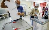 克里姆林宮聲稱執政黨在俄羅斯議會選舉中,在杜馬獲得三分之二多數席位。(圖源:AP)