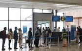 衛生部建議乘坐飛機或火車的乘客如已接種了第1劑新冠疫苗,則無需進行快速檢測。(圖源:玉勝)