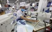 圖為平陽成衣股份有限公司製衣廠一隅。(示意圖源:越通社)