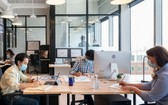 WeWork 為會員提供免費工作空間、會議室、舉辦事件地點。