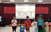 胡志明市台灣學校學生表演節目。